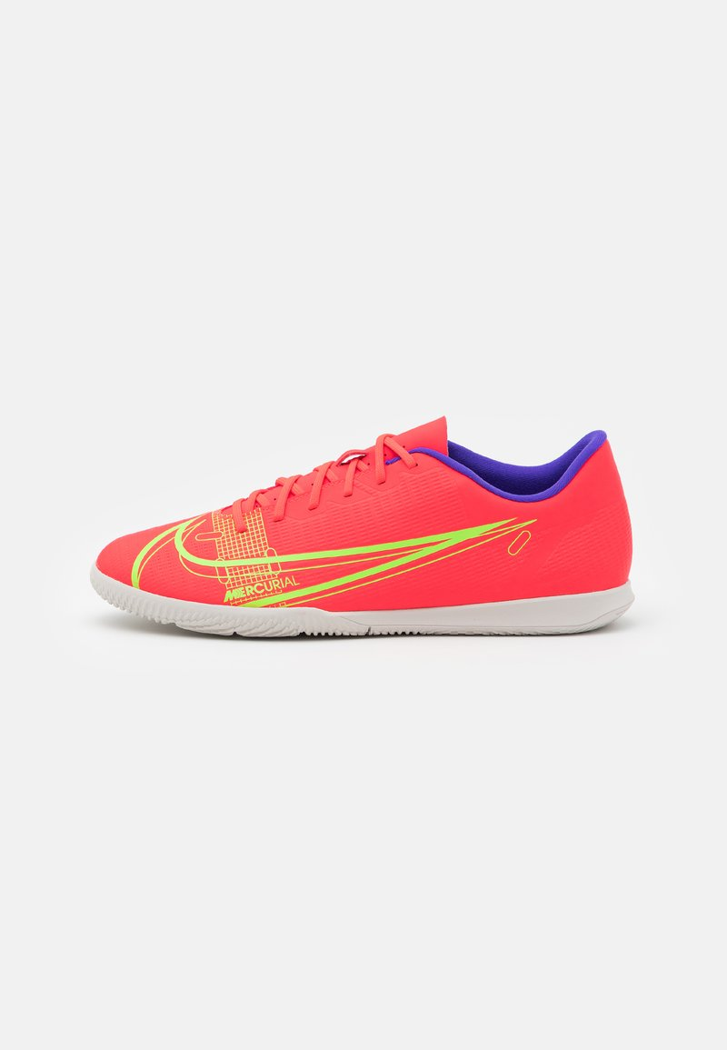 Nike Performance - MERCURIAL VAPOR 14 CLUB IC - Indoor football boots - bright crimson/metallic silver