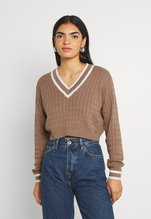 CROP EASY TIPPED V NECK - Neule - light brown
