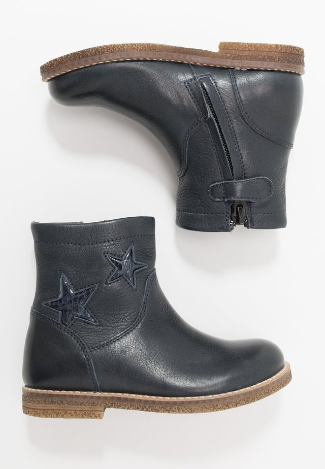 CLOE NARROW FIT - Classic ankle boots - dark blue