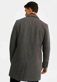 WE Fashion - MANTEL - Classic coat - blended dark grey - 2