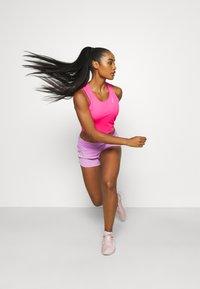 Nike Performance - RACE CROP - Top - hyper pink/silver - 1