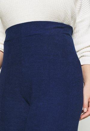 LIGHTWEIGHT JOGGER - Pantalones - blue