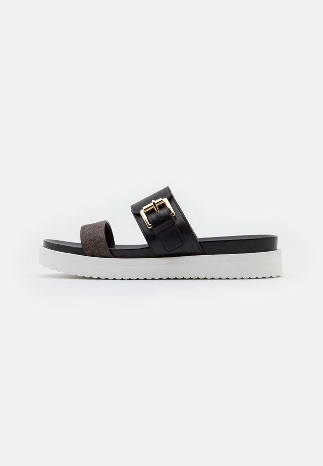BO SLIDE - Pantofle - black