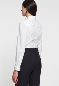 Seidensticker - LANGARM - Button-down blouse - weiß - 1