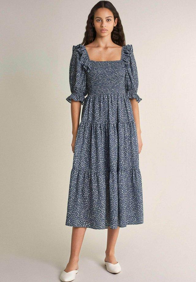 LOVELAND - Korte jurk - blau