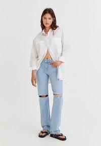 PULL&BEAR - Jeans Straight Leg - light blue - 1