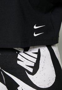 Nike Sportswear - Triko spotiskem - black/(white) - 5