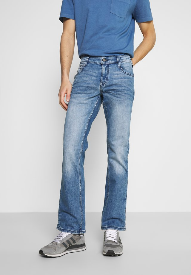 OREGON - Vaqueros bootcut - denim blue
