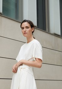 3.1 Phillip Lim - WRAPPED WAIST TIE DAY TSHIRT DRESS - Day dress - offwhite - 3