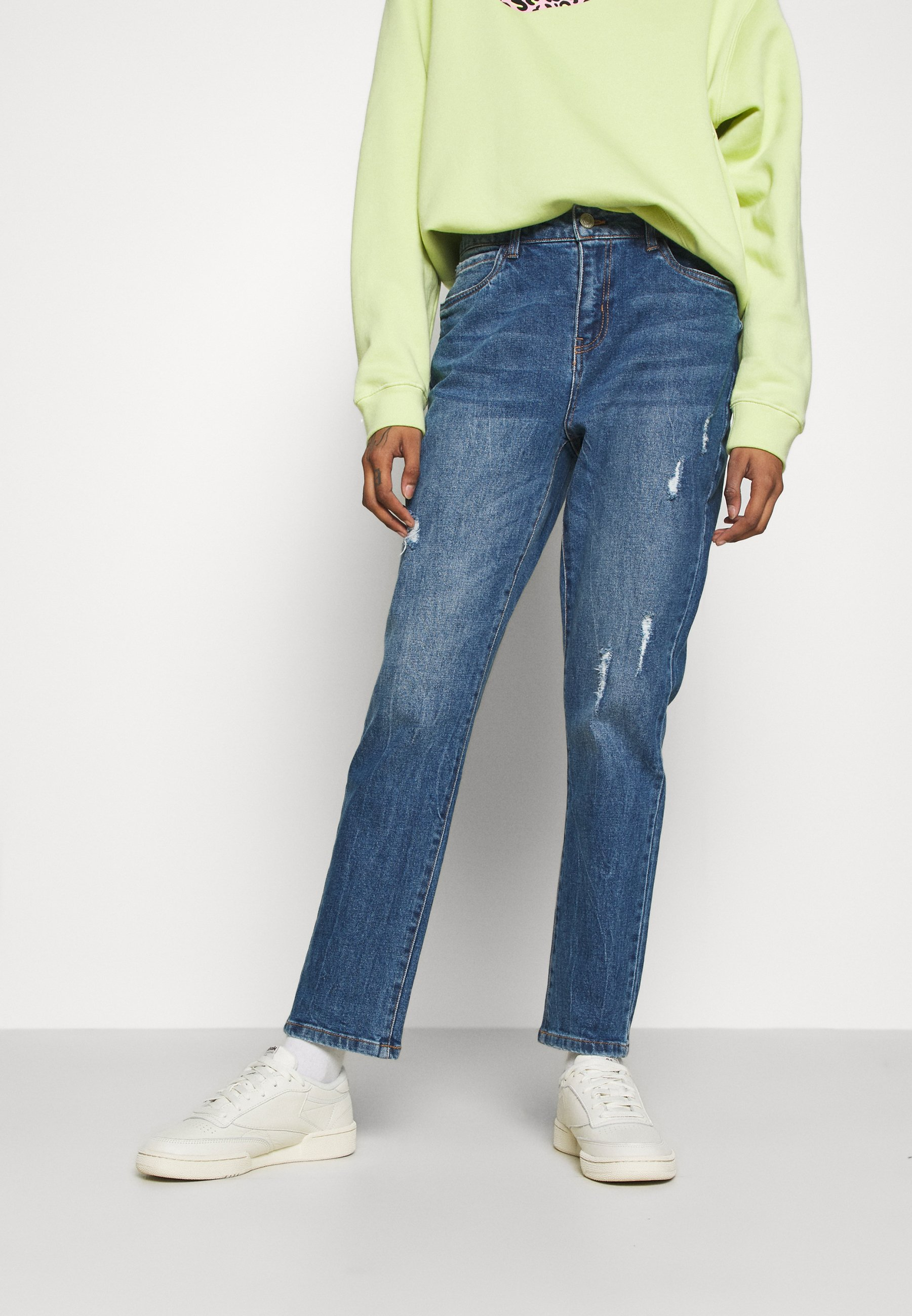 Women NMOLIVIA STRAIGHT - Straight leg jeans