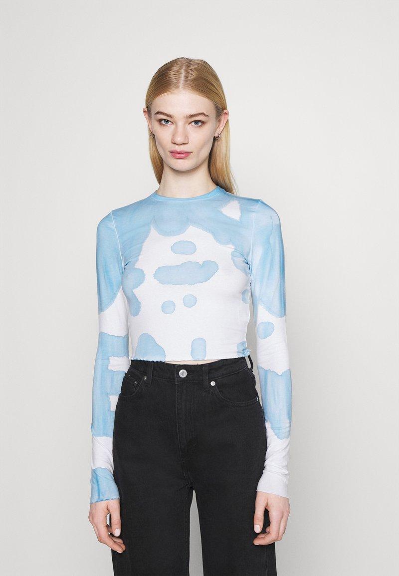 Weekday - SENA TIE DYE LONG SLEEVE - Long sleeved top - blue with white