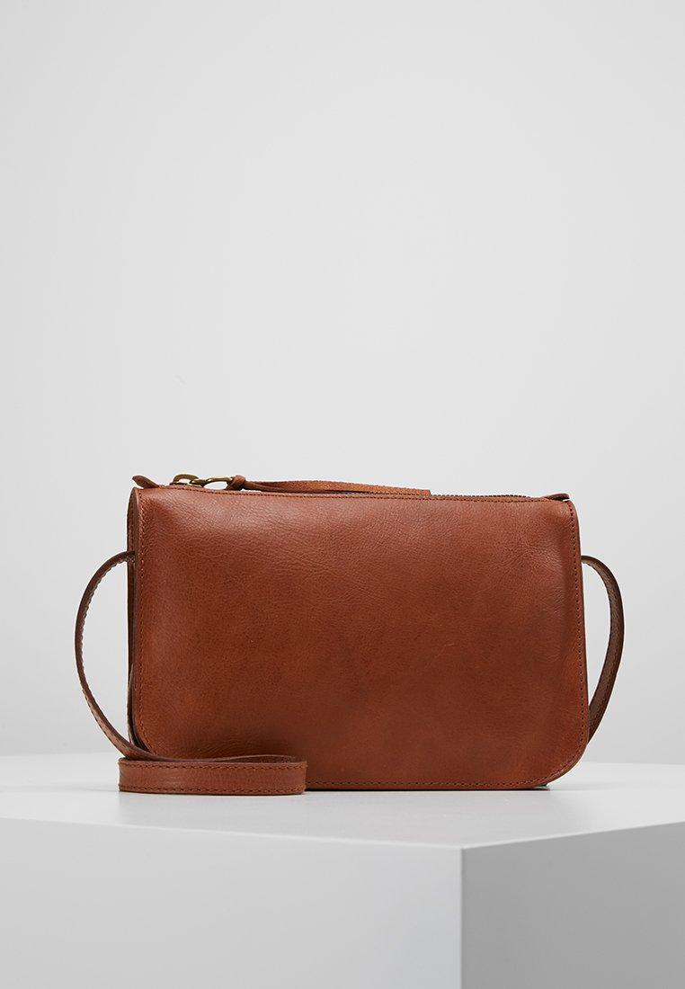 Madewell - SIMPLE XBODY - Across body bag - english saddle