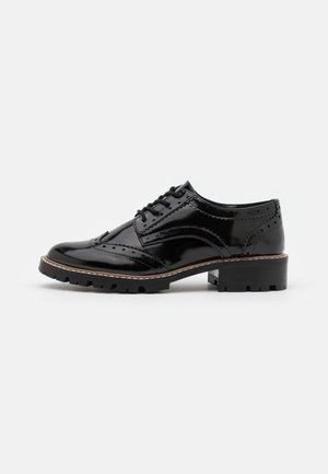 LEAR BROGUE LOAFER - Veterschoenen - black