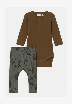 NBMRYLVA SET - Leggings - Trousers - coffee liqueúr