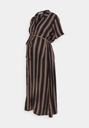 SHORT SLEEVE MIDI DRESS WITH BELT - Sukienka koszulowa - dusty peach/black
