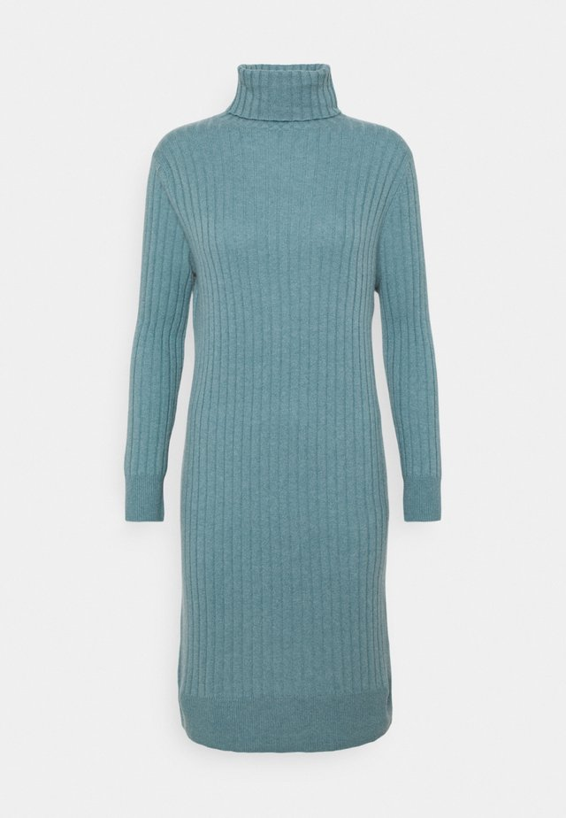 TURTLENECK DRESS - Strikkjoler - steel blue