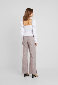 Missguided - PURPOSEFUL CHECKED SPLIT HEM TROUSERS - Trousers - purple - 2