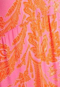 Emily van den Bergh - Maxikjole - pink/orange - 2