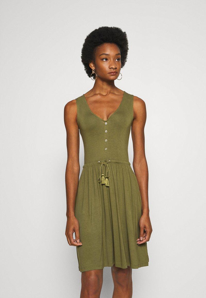 Anna Field - BASIC JERSEYKLEID - Jersey dress - olive night