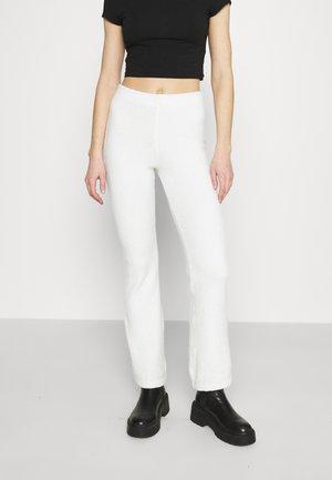 FANNA TROUSERS - Spodnie materiałowe - white