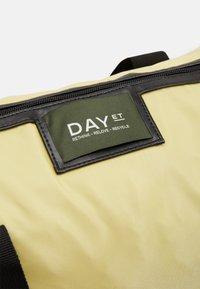DAY ET - GWENETH BAG - Tote bag - yellow iris - 3