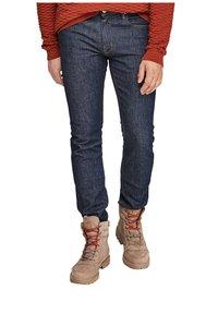 s.Oliver - SLIM: SLIM LEG - Slim fit jeans - dark blue - 5