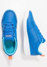 adidas Performance - VECTOR K UNISEX - Sportschoenen - glow blue/footwear white - 0
