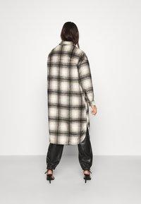 ONLY - ONLFLASH LIFE CHECK   - Summer jacket - white/beige/black - 2