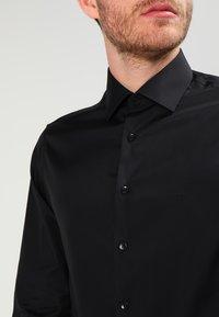 Calvin Klein Tailored - Camicia - black - 3