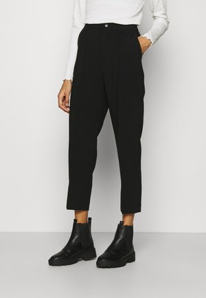 BASIC BUSSINESS PANTS WITH PINTUCKS  - Pantalon classique - black