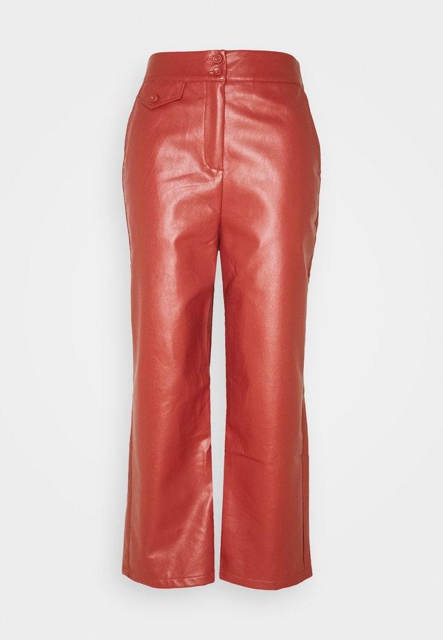 JACOB TROUSER - Spodnie materiałowe - rust