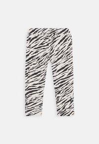 Noppies - SLIM FIT PANTS TEBANG - Trousers - oatmeal - 1