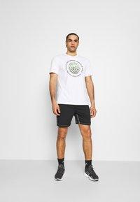 adidas Performance - HYPE SHORT - Sportovní kraťasy - black - 1