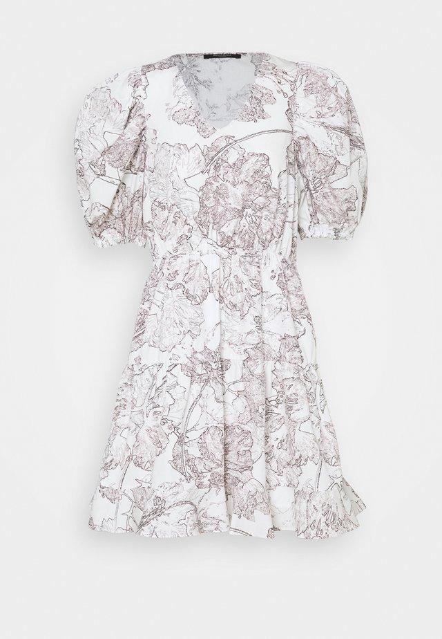 POSY OLIVINE DRESS - Vestido informal - snow white