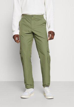 PRESTON PANT - Cargo trousers - olivine