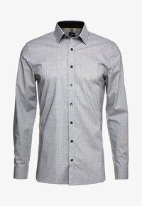 OLYMP - OLYMP NO.6 SUPER SLIM FIT - Koszula biznesowa - black - 4