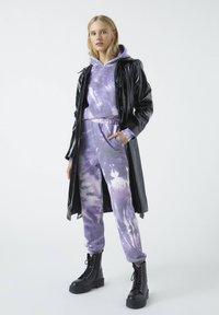 PULL&BEAR - Tracksuit bottoms - purple - 1