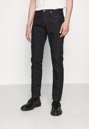POCKETS PANT - Slim fit jeans - denim blu