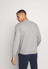 Champion - LEGACY CREWNECK - Sweatshirt - dark grey - 2