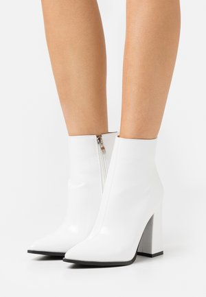 NEETA - Ankelboots med høye hæler - white