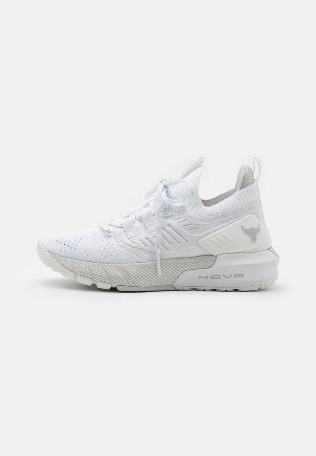 PROJECT ROCK 3 - Chaussures d'entraînement et de fitness - white
