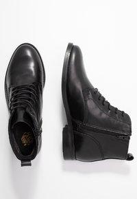Apple of Eden - DEMI - Kotníková obuv - black - 3