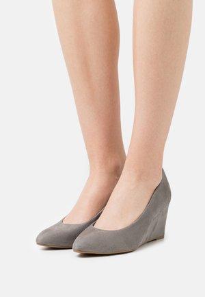 Zeppe - grey