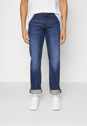 OREGON - Jeans straight leg - blau