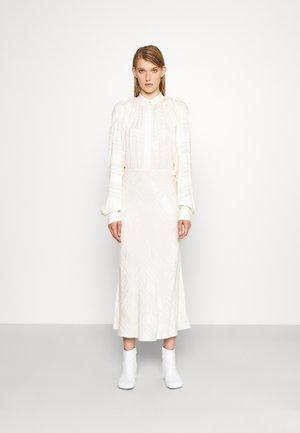 RECYCLED DETACHABLE SCARF DRESS - Maxi šaty - ivory