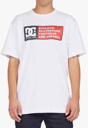 DENSITY ZONE - Camiseta estampada - white