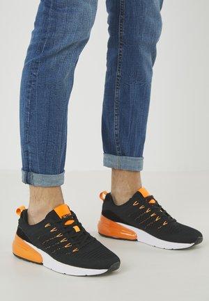 TURON - Sneakers - black/neon orange