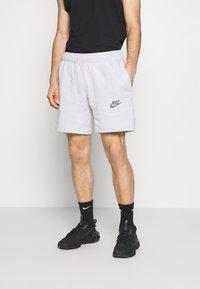 Nike Sportswear - Shorts - pure - 0
