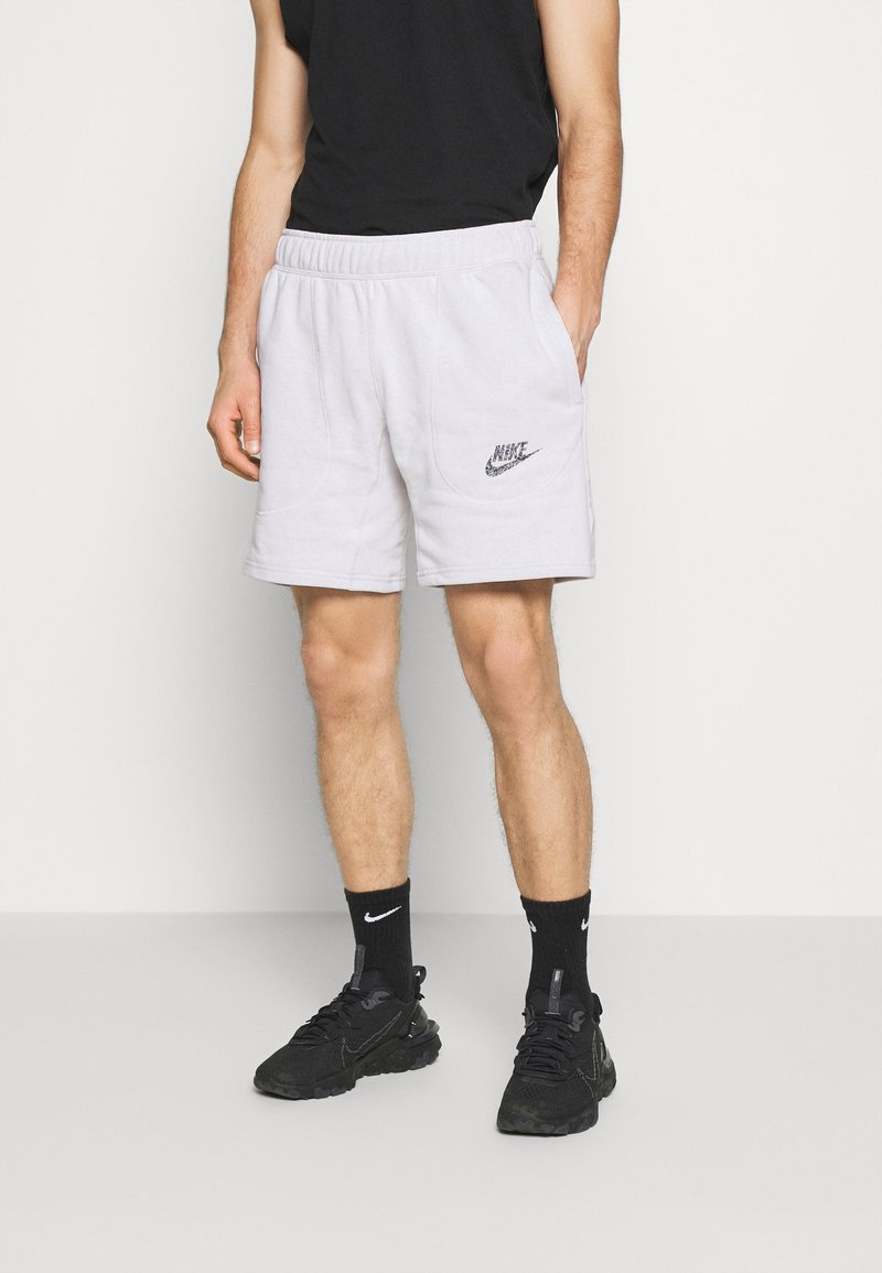 Nike Sportswear - Shorts - pure