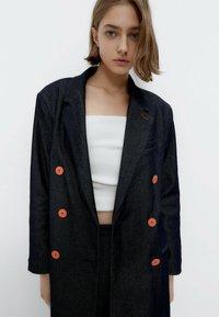 Uterqüe - Short coat - blue - 3